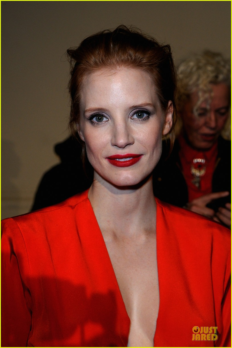 jessica chastain saint laurent fashion show 062824967