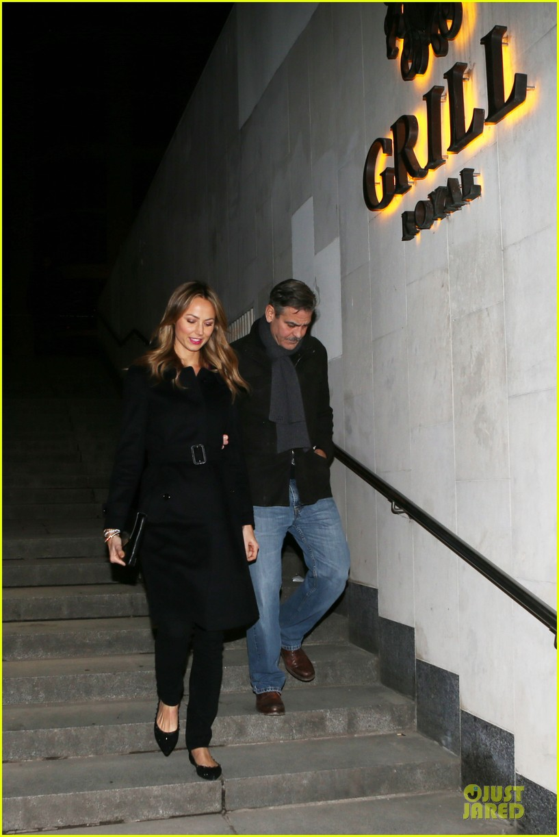 george clooney stacy keibler grille royal dinner with matt damon 222831639