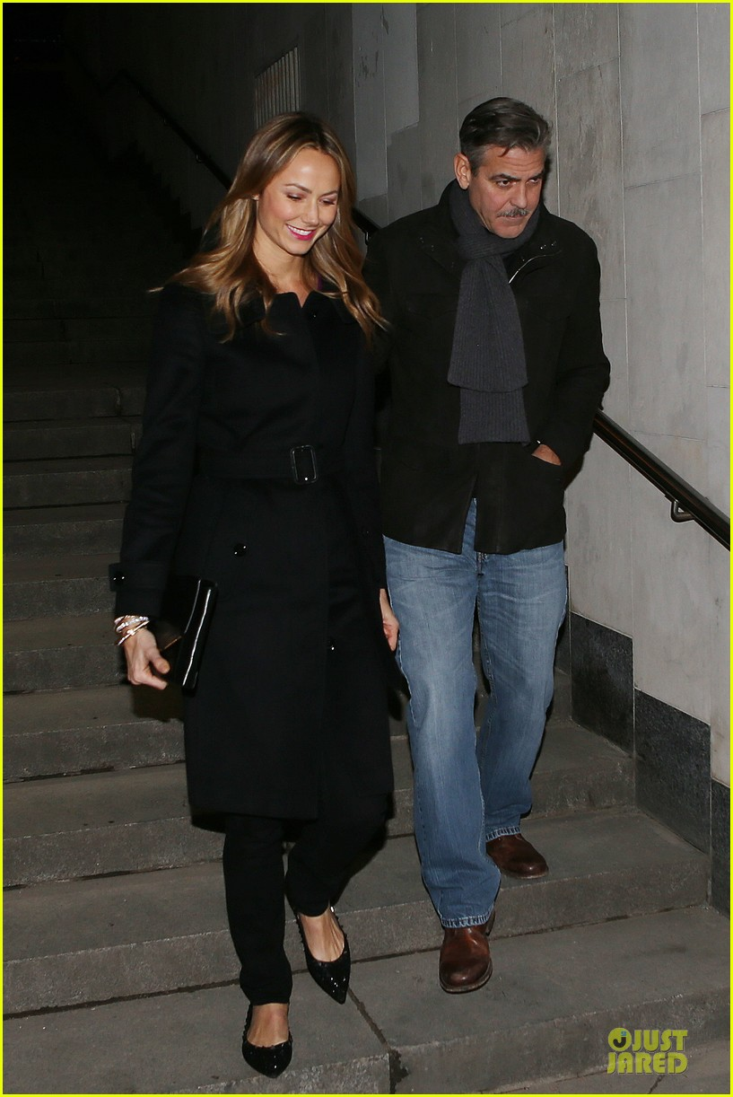 george clooney stacy keibler grille royal dinner with matt damon 252831642