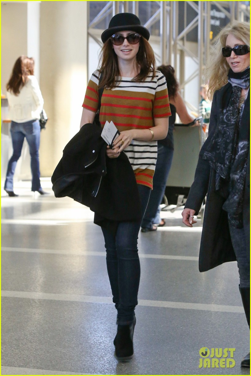 lily collins bowler babe at lax 052825119