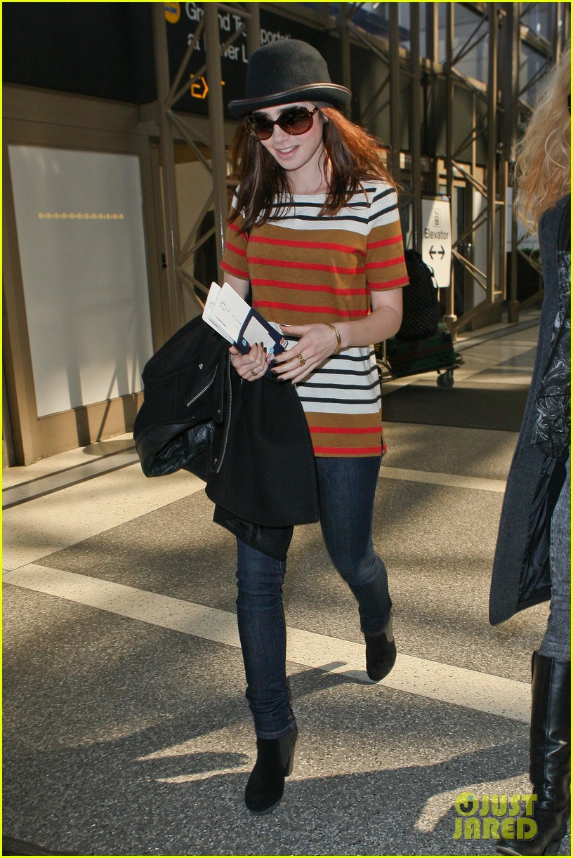 lily collins bowler babe at lax 072825121