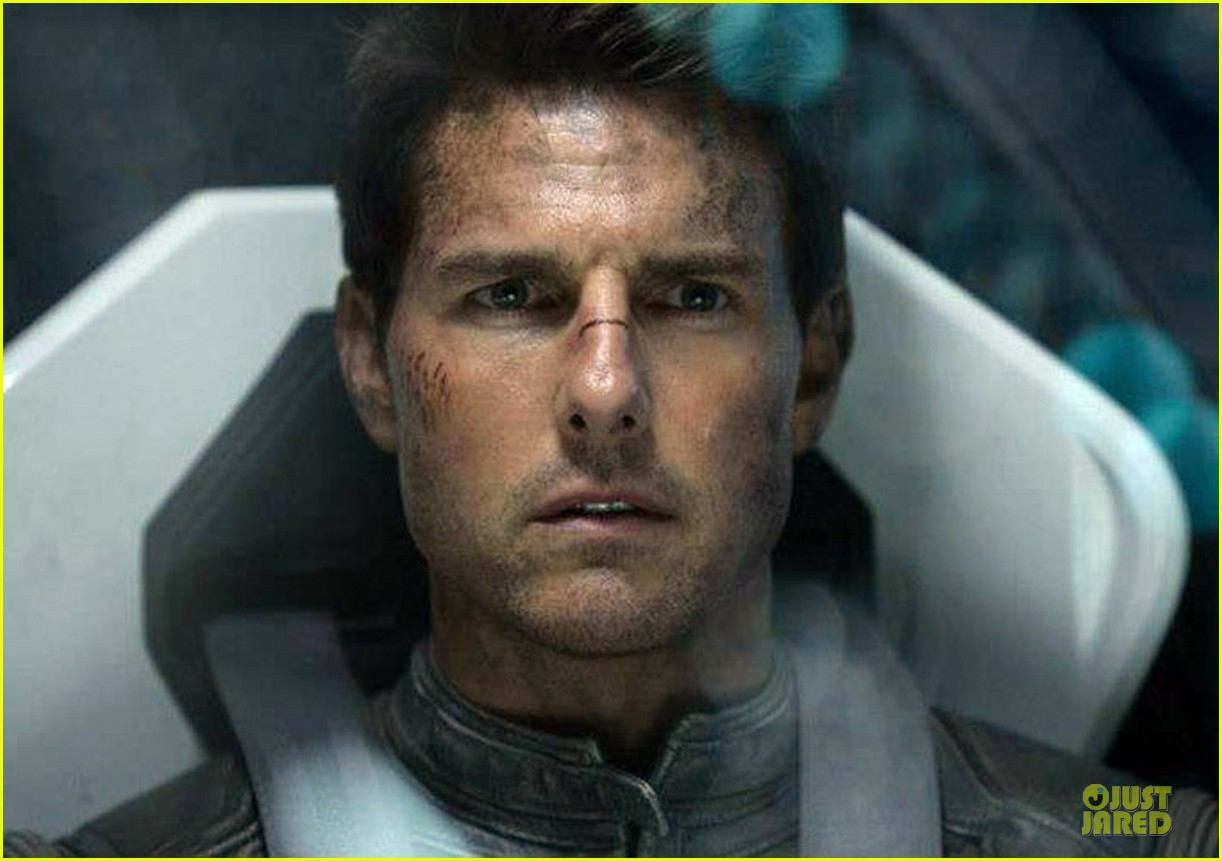 tom cruise oblivion stills released 032840498