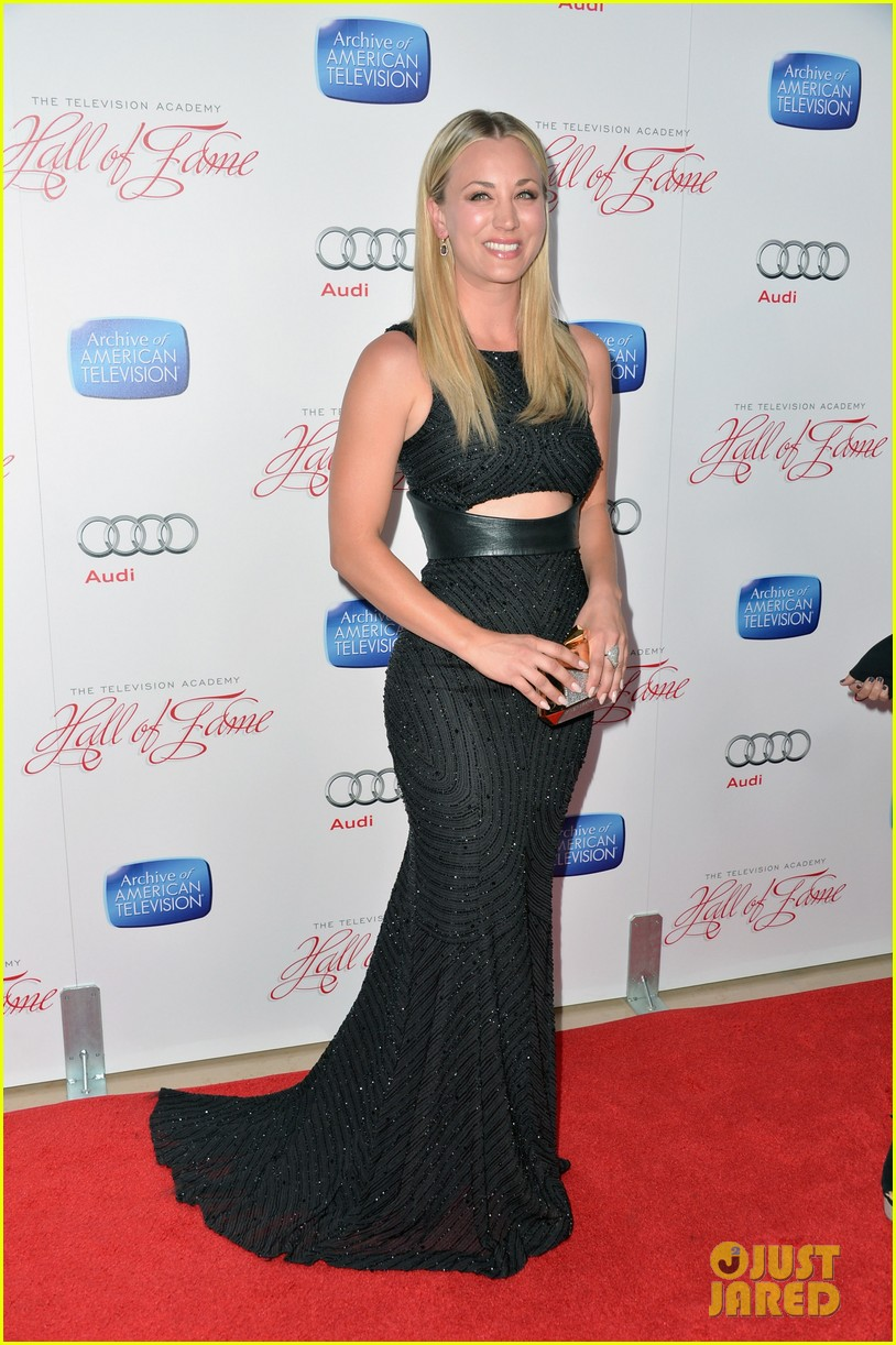 kaley cuoco will arnett academy hall of fame gala 01
