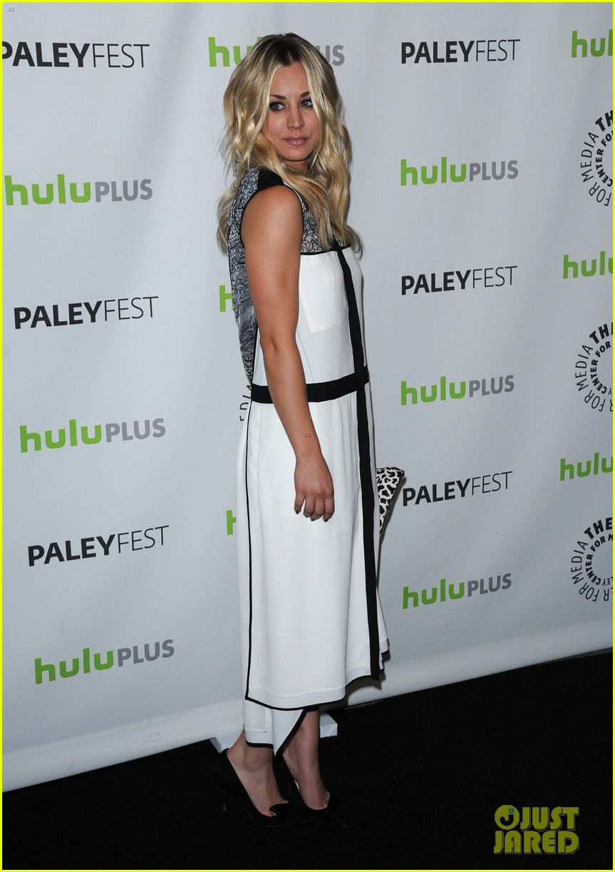 kaley cuoco jim parsons big bang theory at paleyfest 142830313