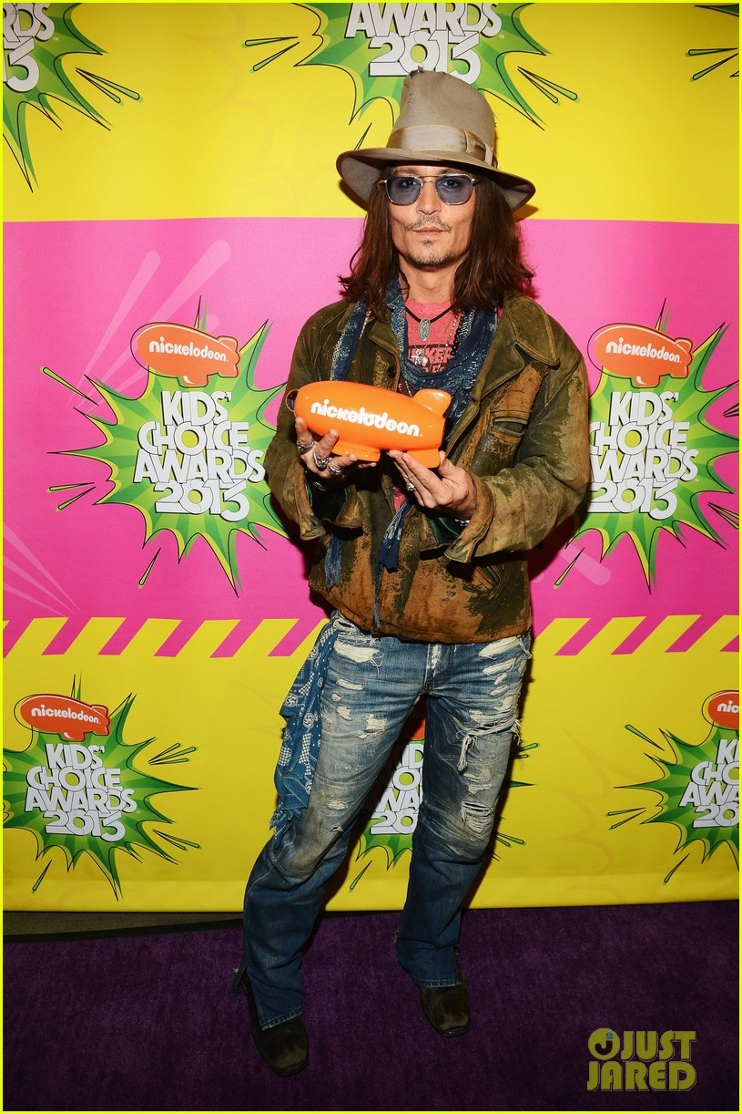 johnny depp kids choice awards 2013 winner 01