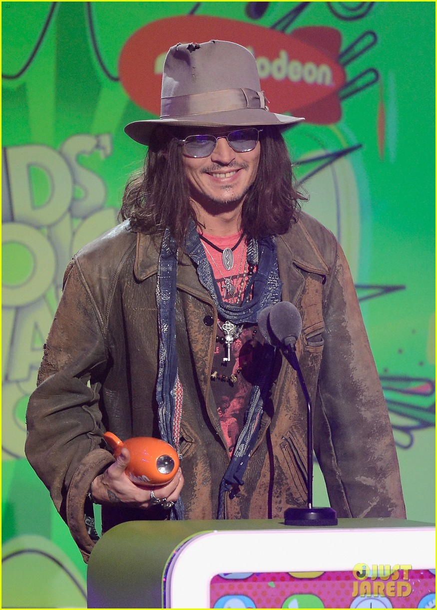 johnny depp kids choice awards 2013 winner 022836587