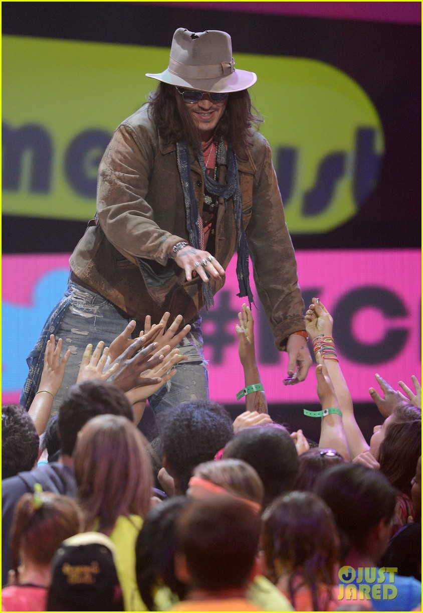 johnny depp kids choice awards 2013 winner 072836592