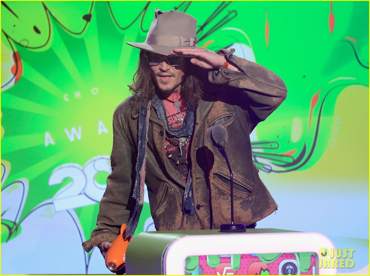 johnny depp kids choice awards 2013 winner 082836593