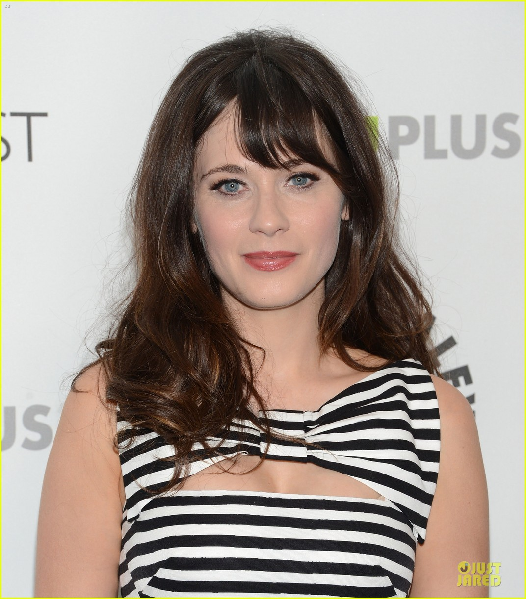 zooey deschanel paleyfest with new girl cast 08