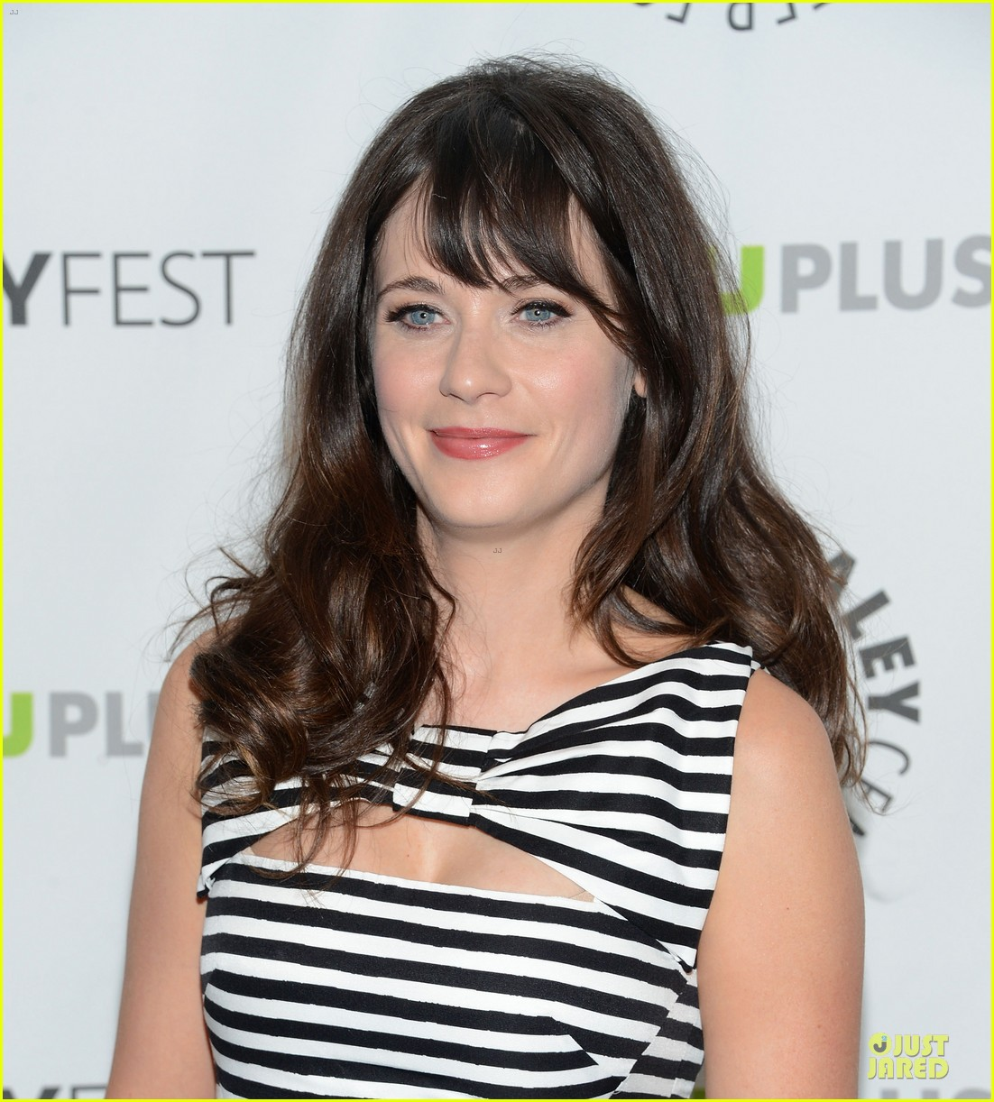 zooey deschanel paleyfest with new girl cast 122829162
