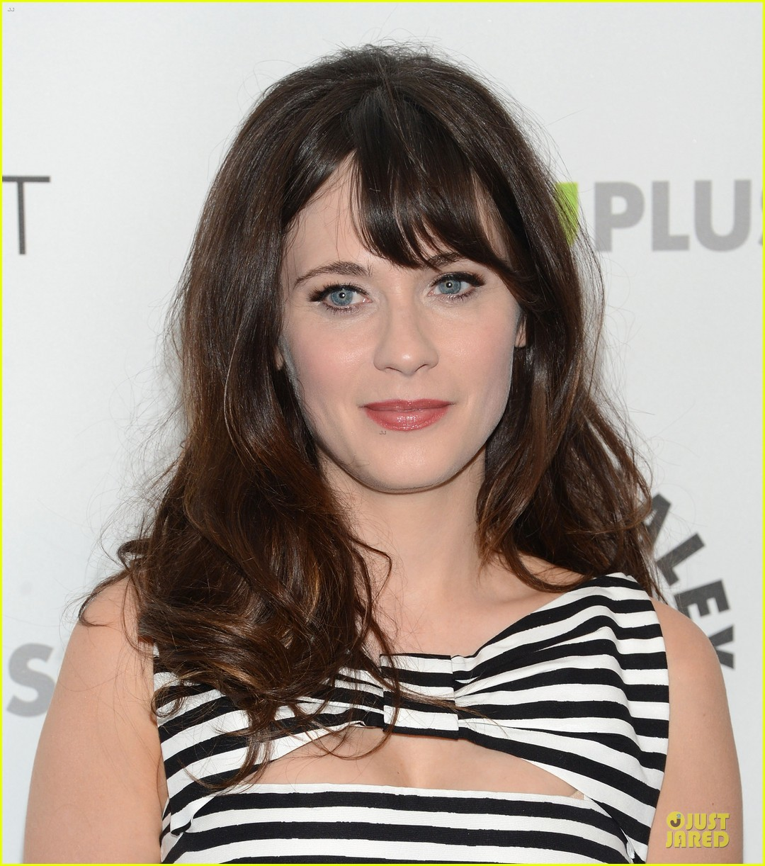 zooey deschanel paleyfest with new girl cast 15