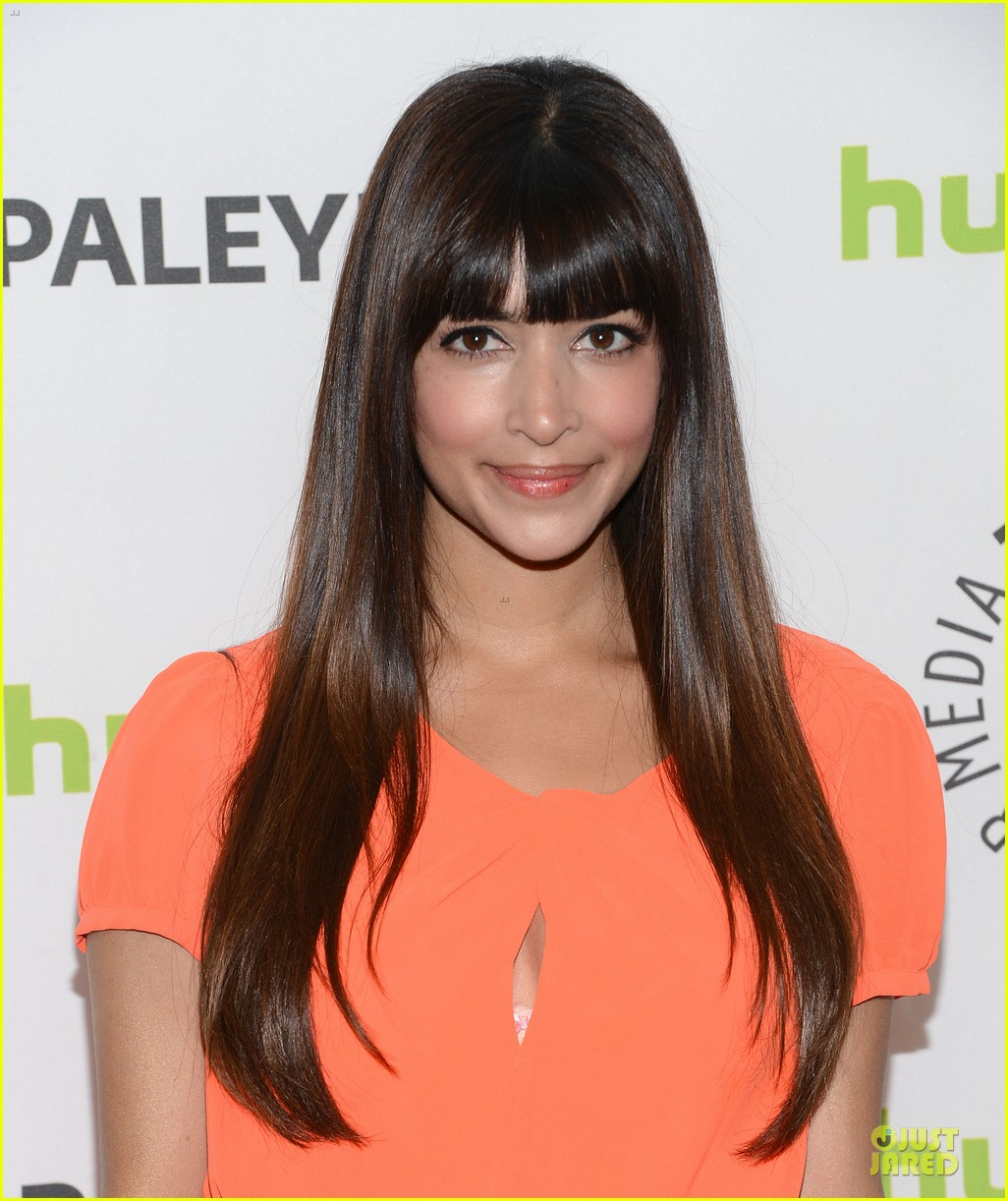zooey deschanel paleyfest with new girl cast 202829170