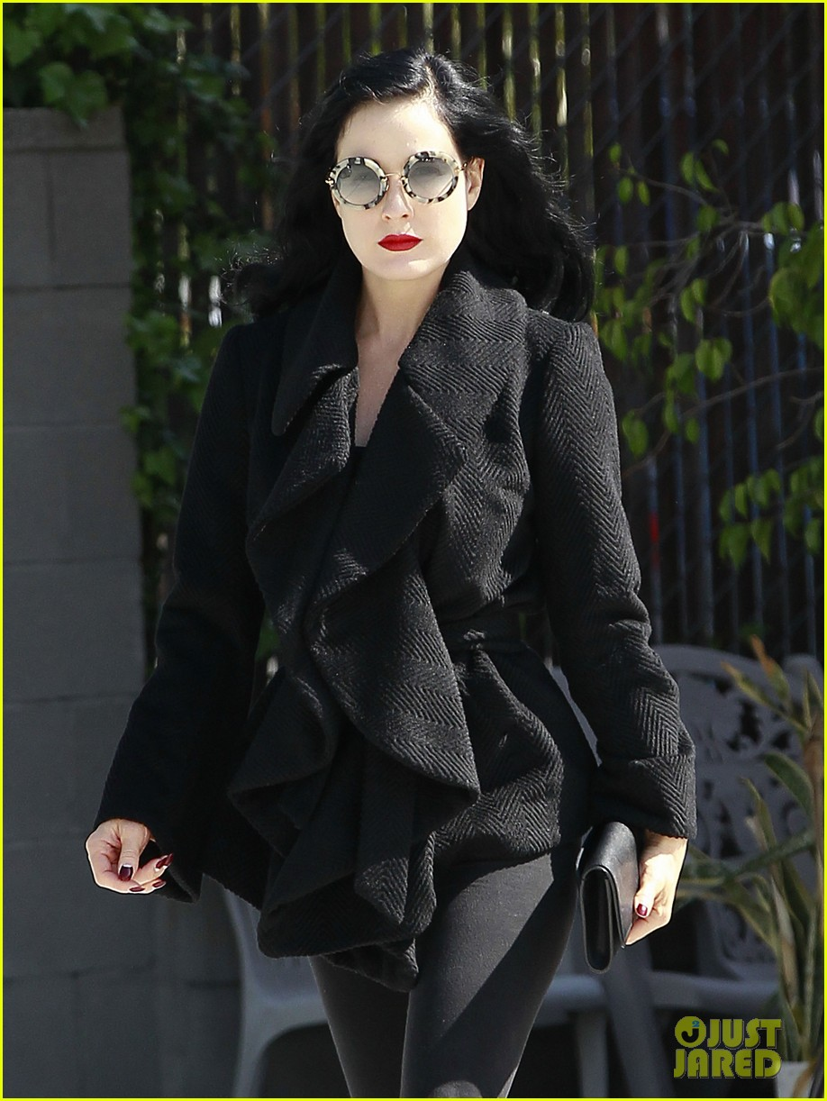 dita von teese back on the saddle with dressage lessons 152835641