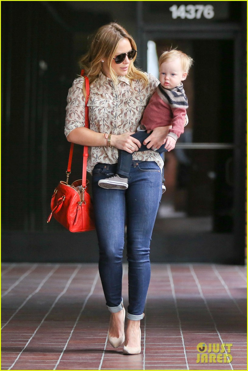 hilary duff babies first class with luca 182826625