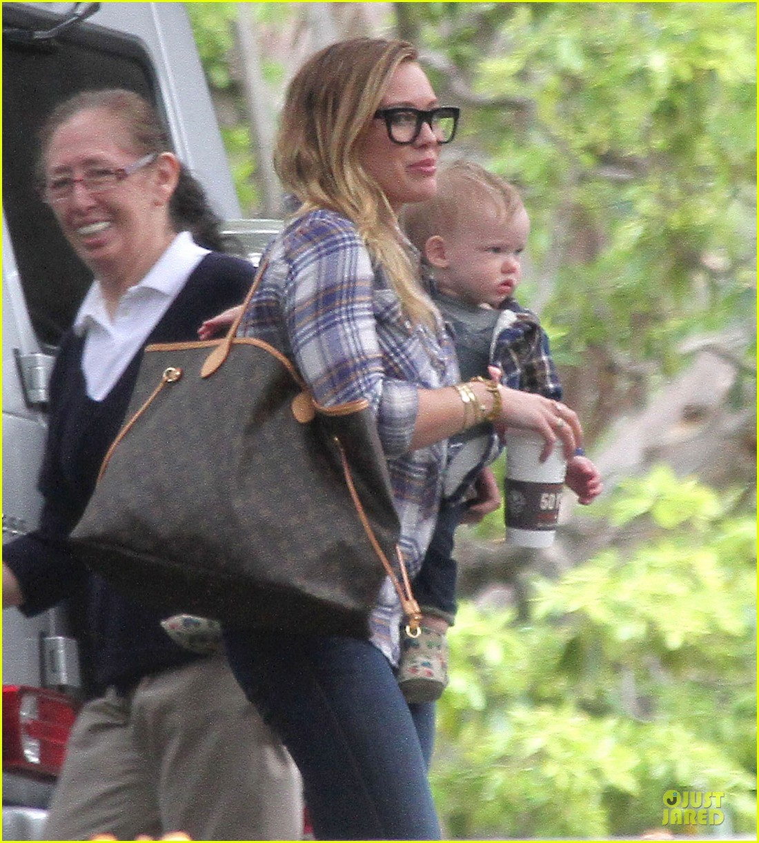 hilary duff mike comrie birthday party with luca 222828022