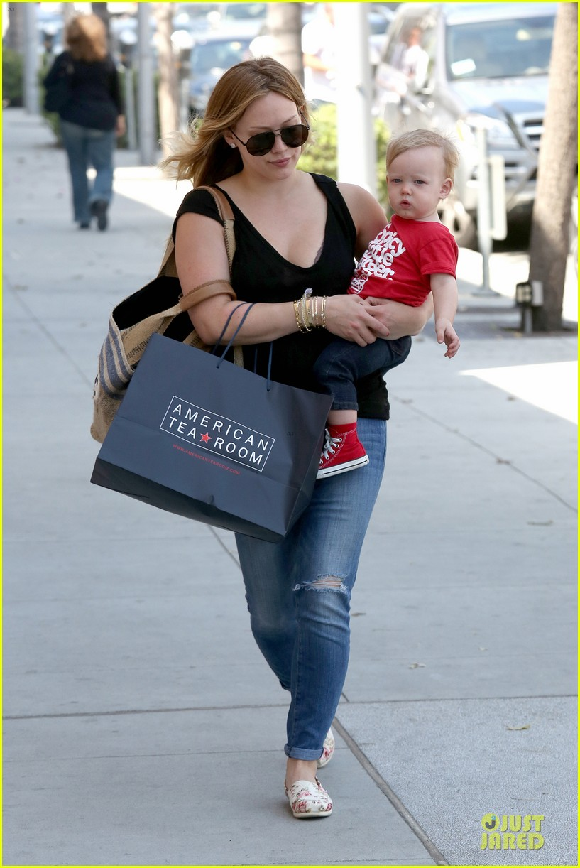 hilary duff daily grill lunch stop 112836062
