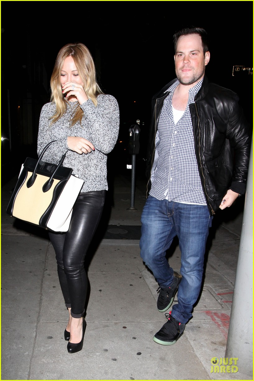 hilary duff daily grill lunch stop 26