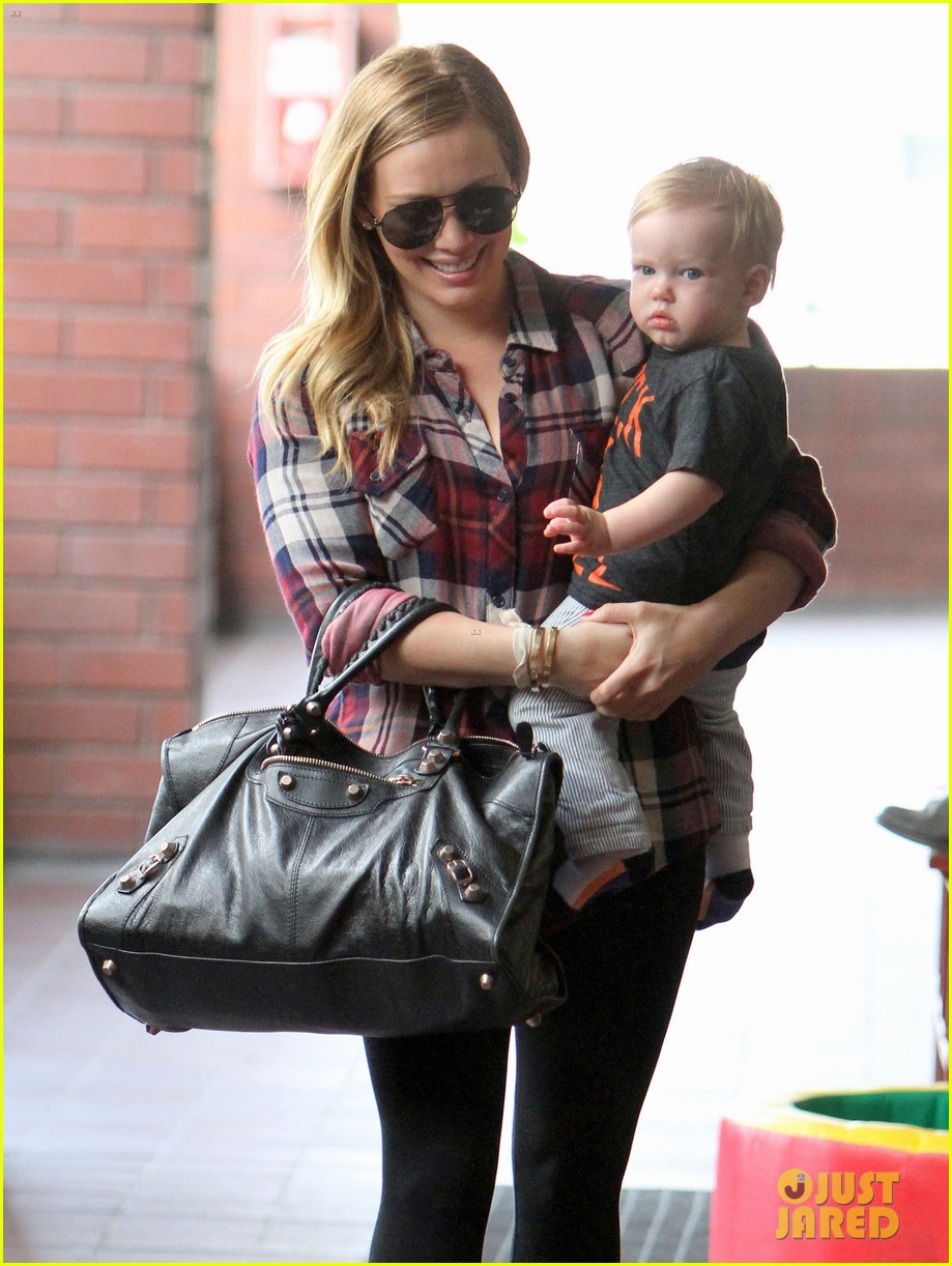hilary duff baby luca turns 1 05
