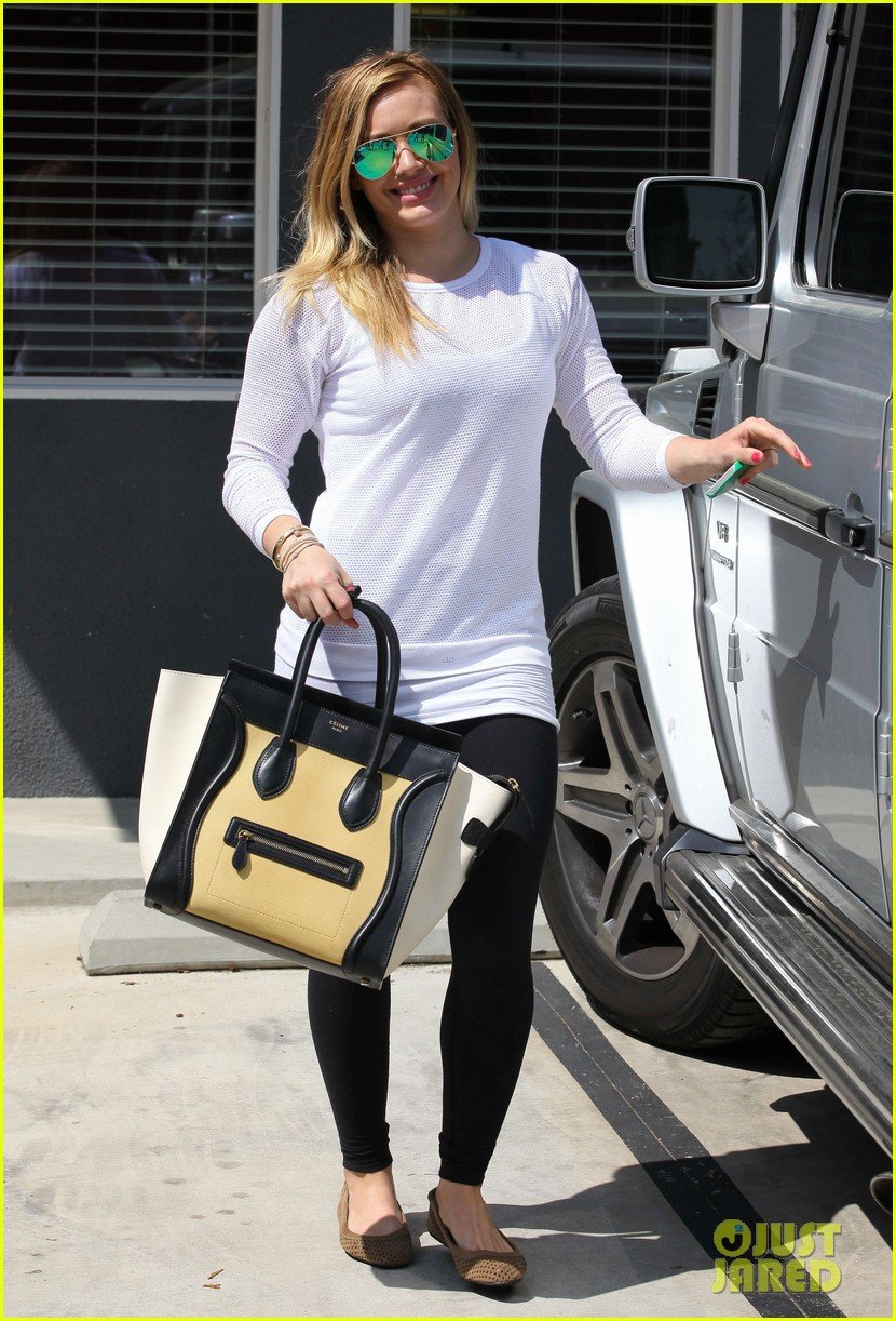 hilary duff la outing with sleepy luca 152839190