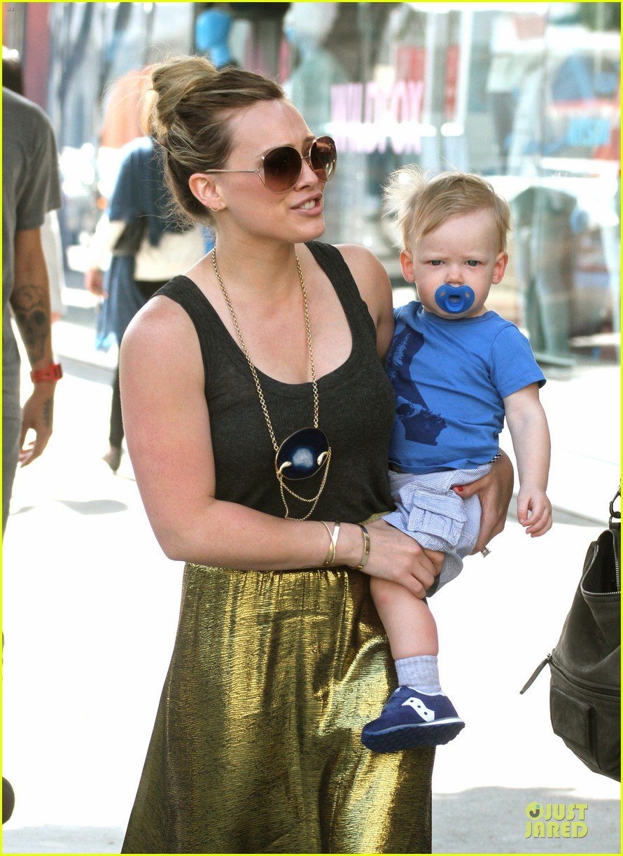 hilary duff lucas walking practice 122831711