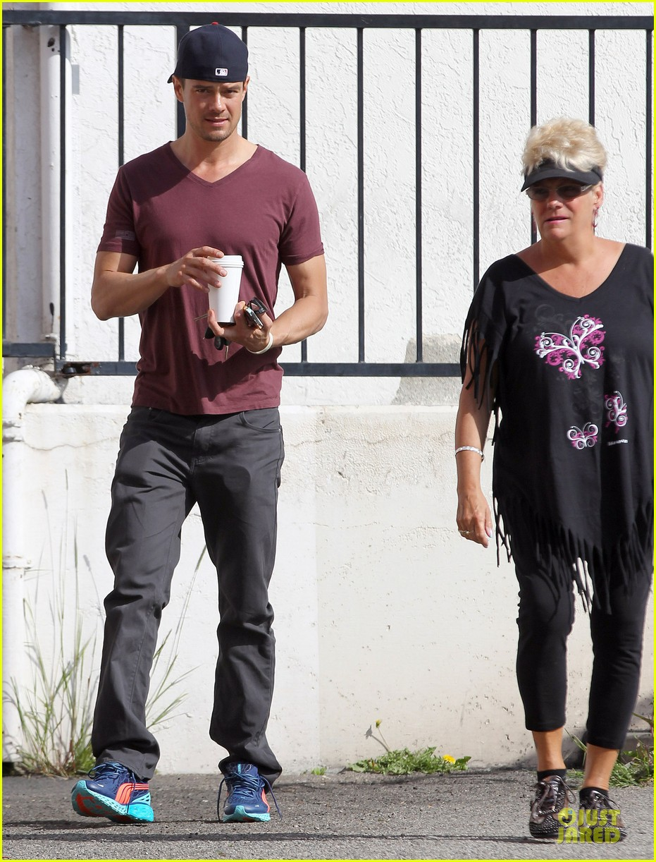 josh duhamel baby boy with fergie 01
