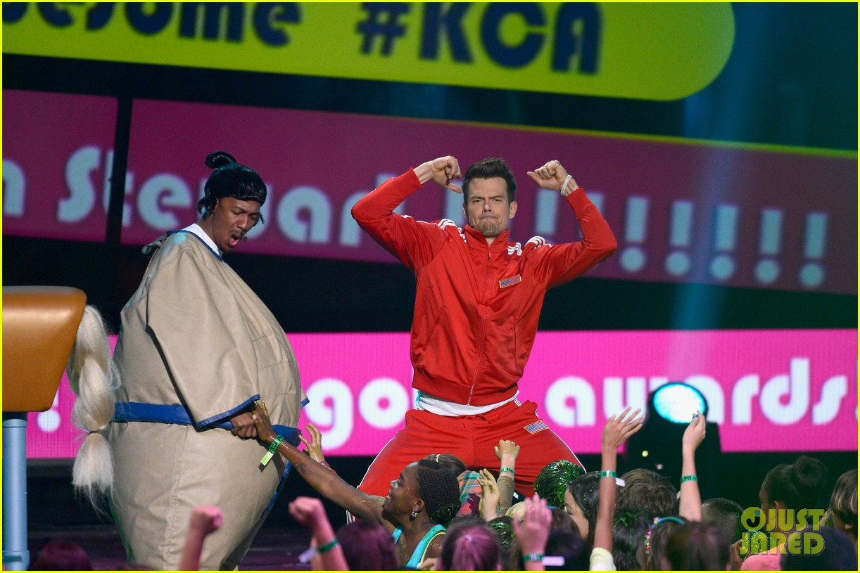 josh duhamel slime covered host at kids choice awards 2013 122836570