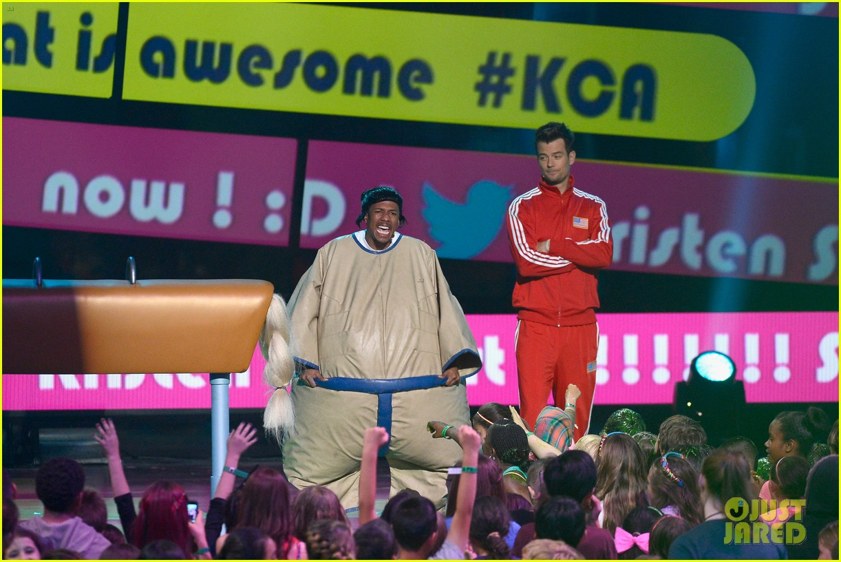josh duhamel slime covered host at kids choice awards 2013 132836571