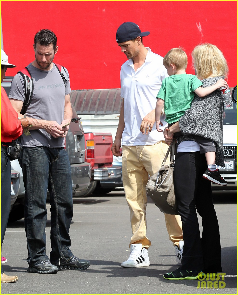 josh duhamel in n out outing 152839157