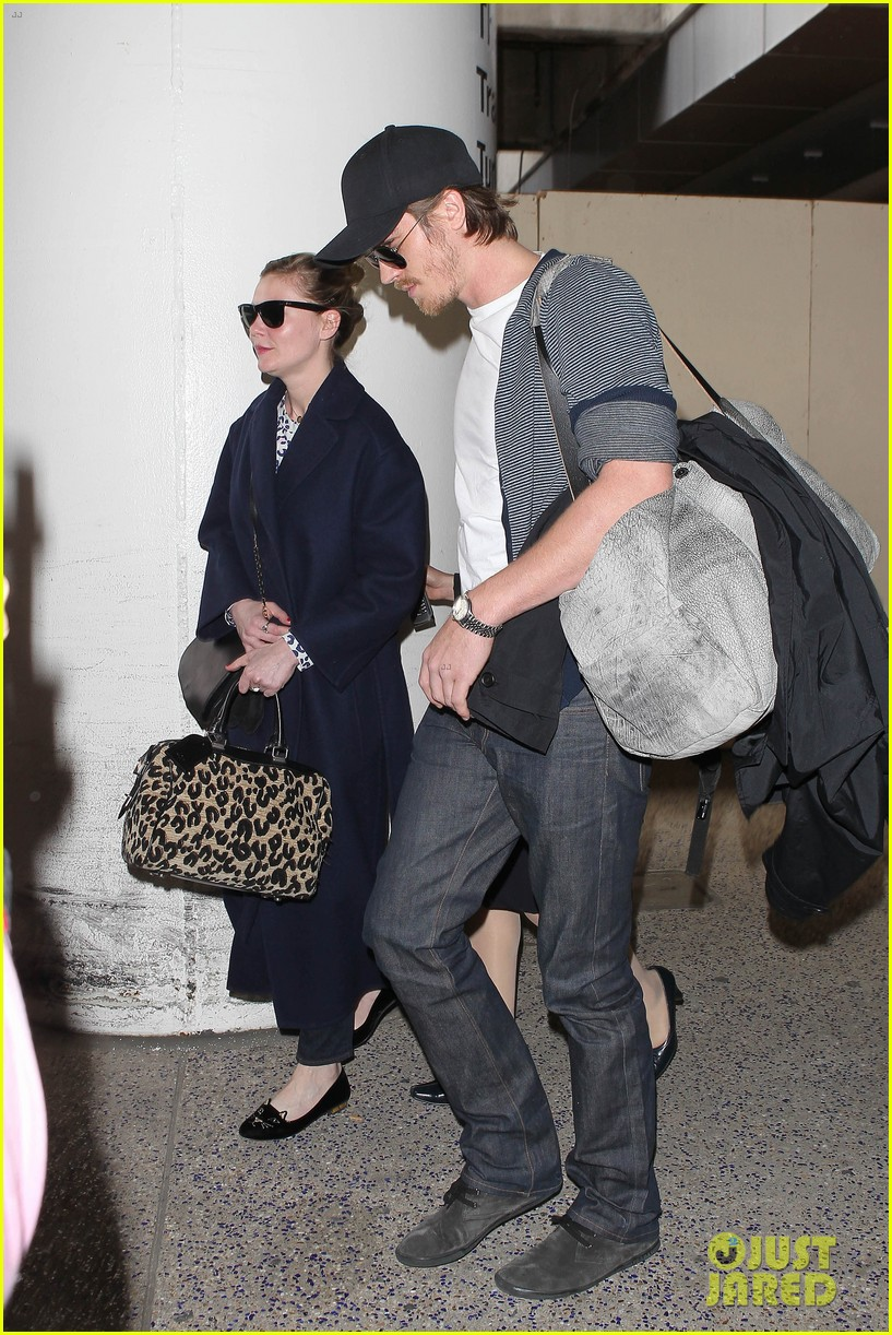 kirsten dunst garrett hedlund paris to los angeles 072826439