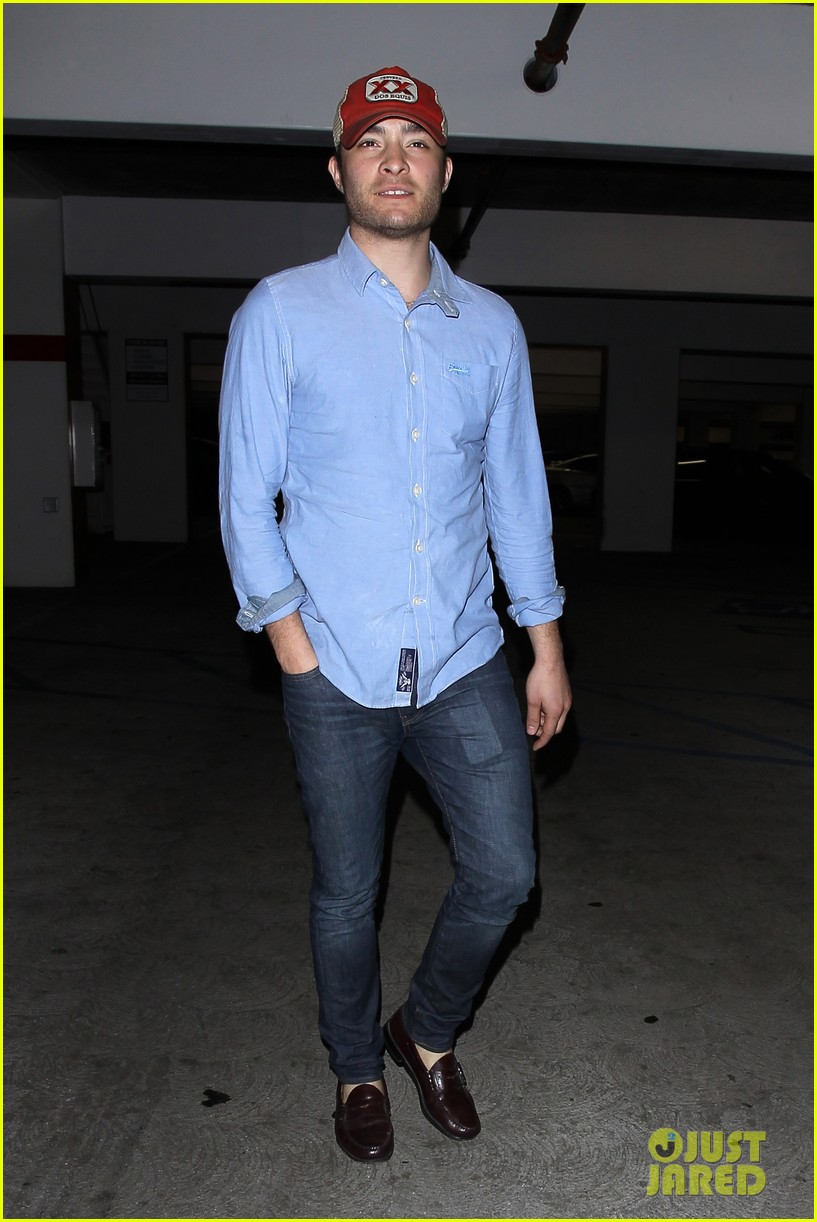 ed westwick solo movie theater outing 012838189