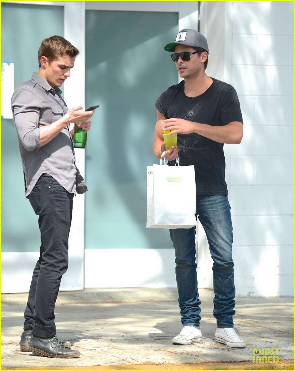 zac efron townies set with dave franco 012840093