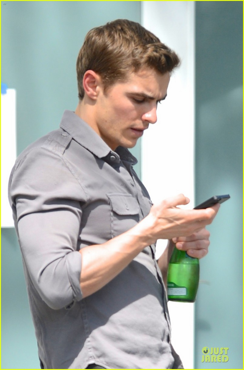 zac efron townies set with dave franco 05