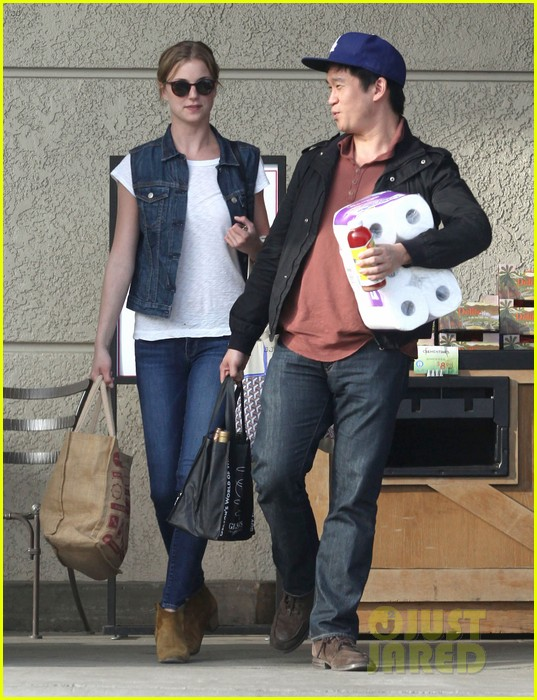 emily vancamp gelsons grocery shopper 112833567