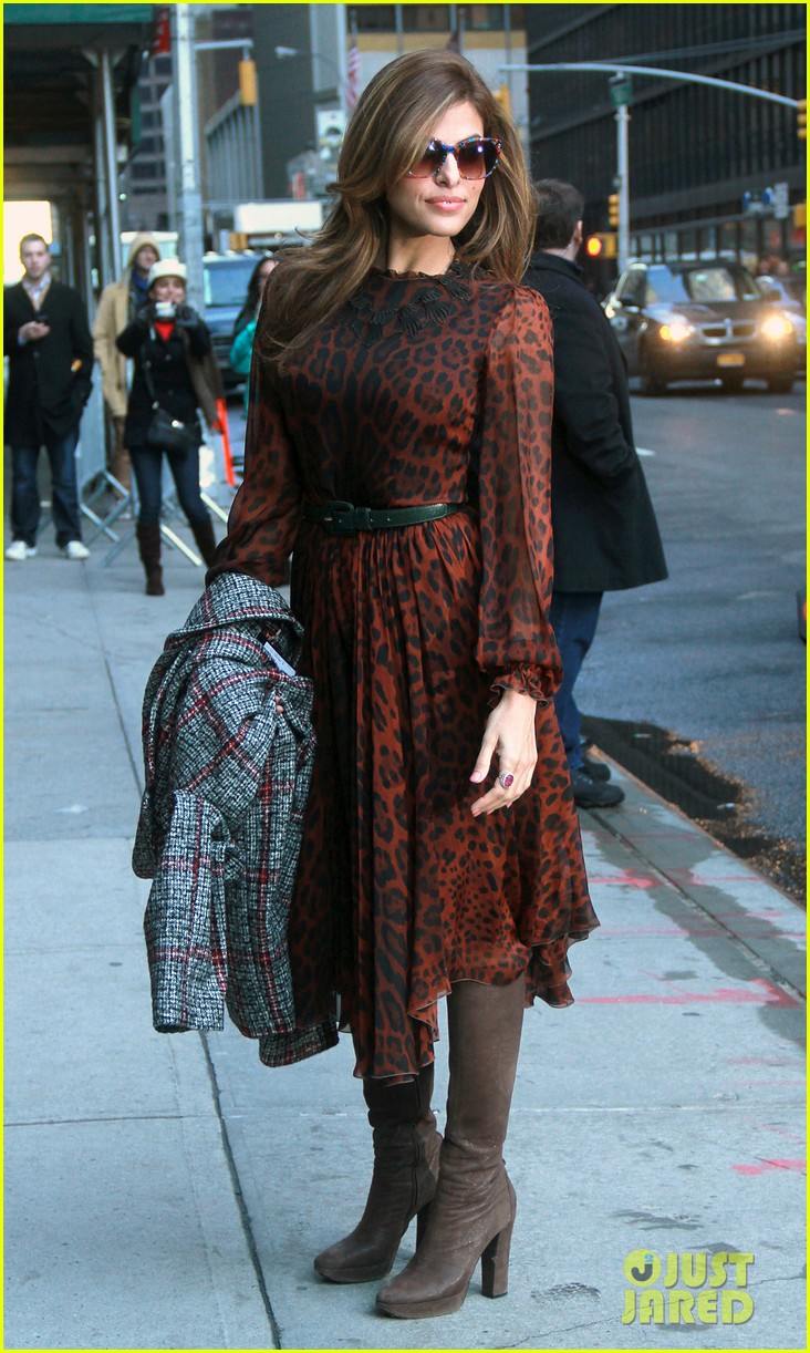 eva mendes late show appearance 132834414