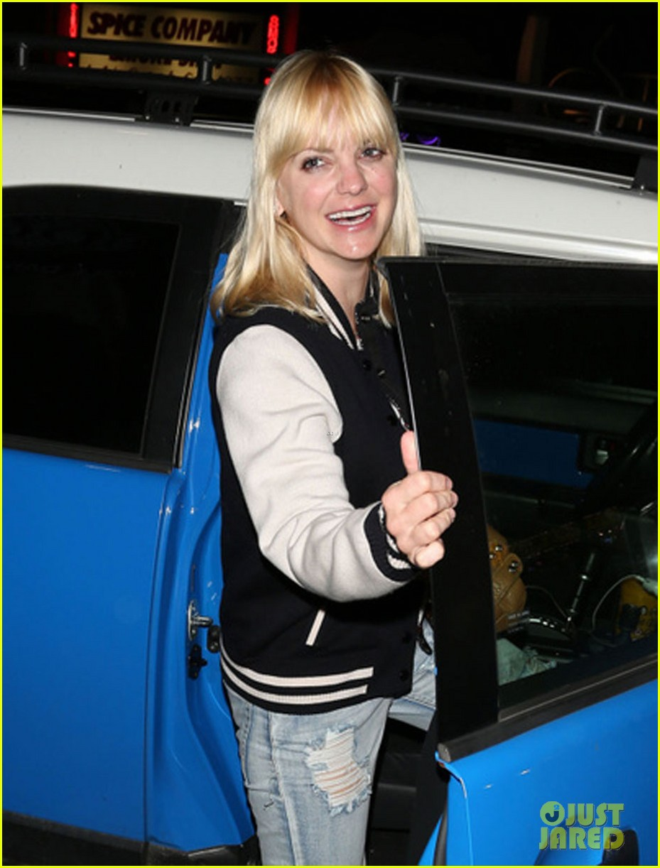 anna faris chris pratt birthday party pair 062823432