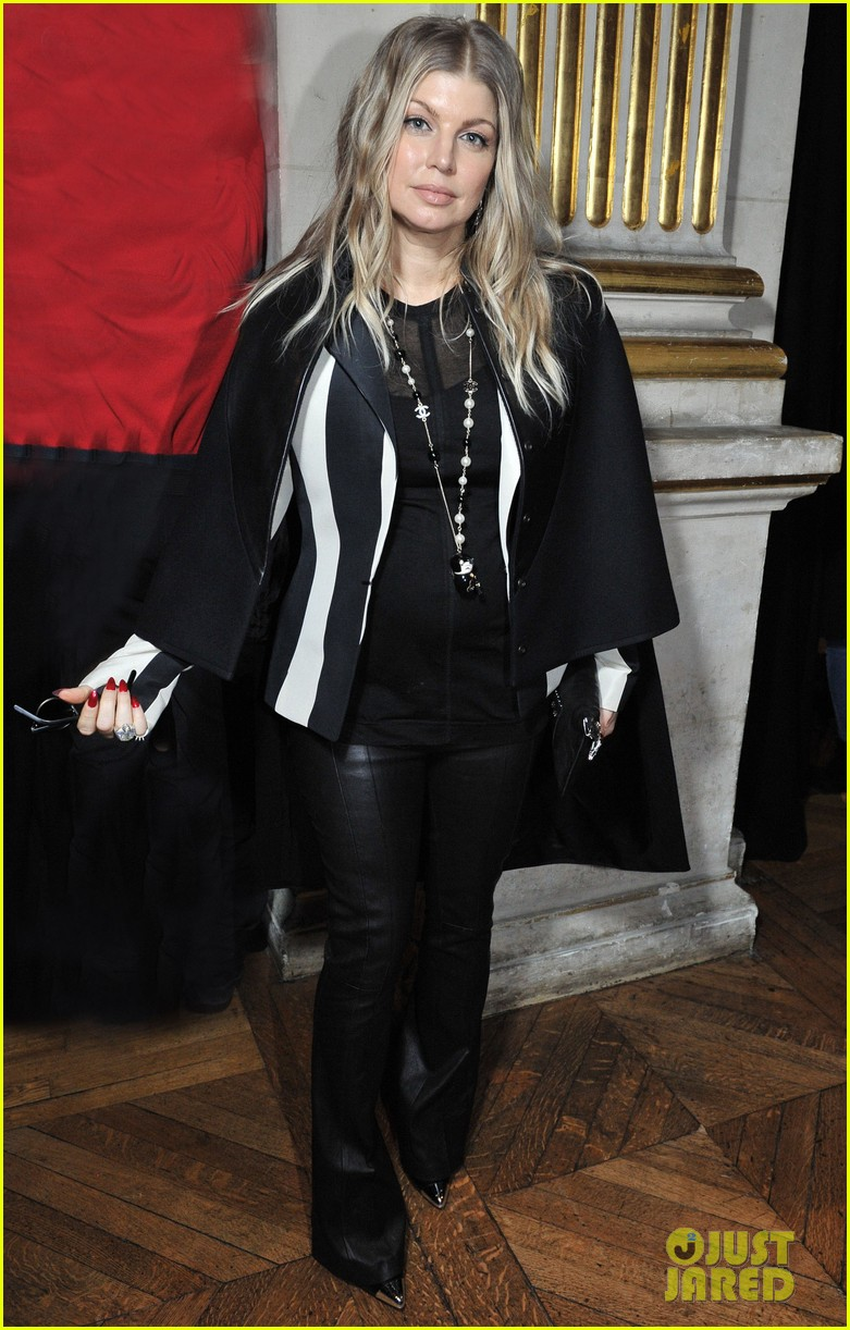 fergie balmain fashion show with cher 122822984