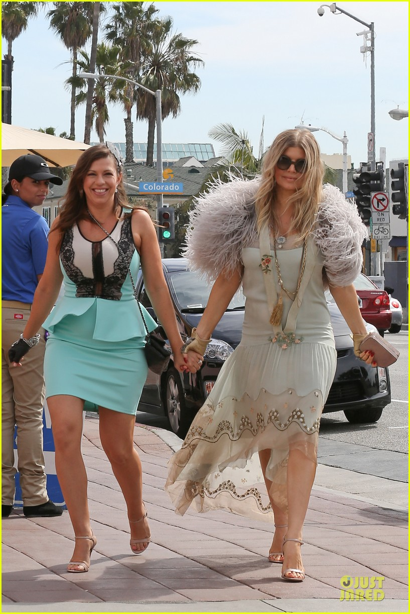 fergie bridal shower with sister dana 252823782