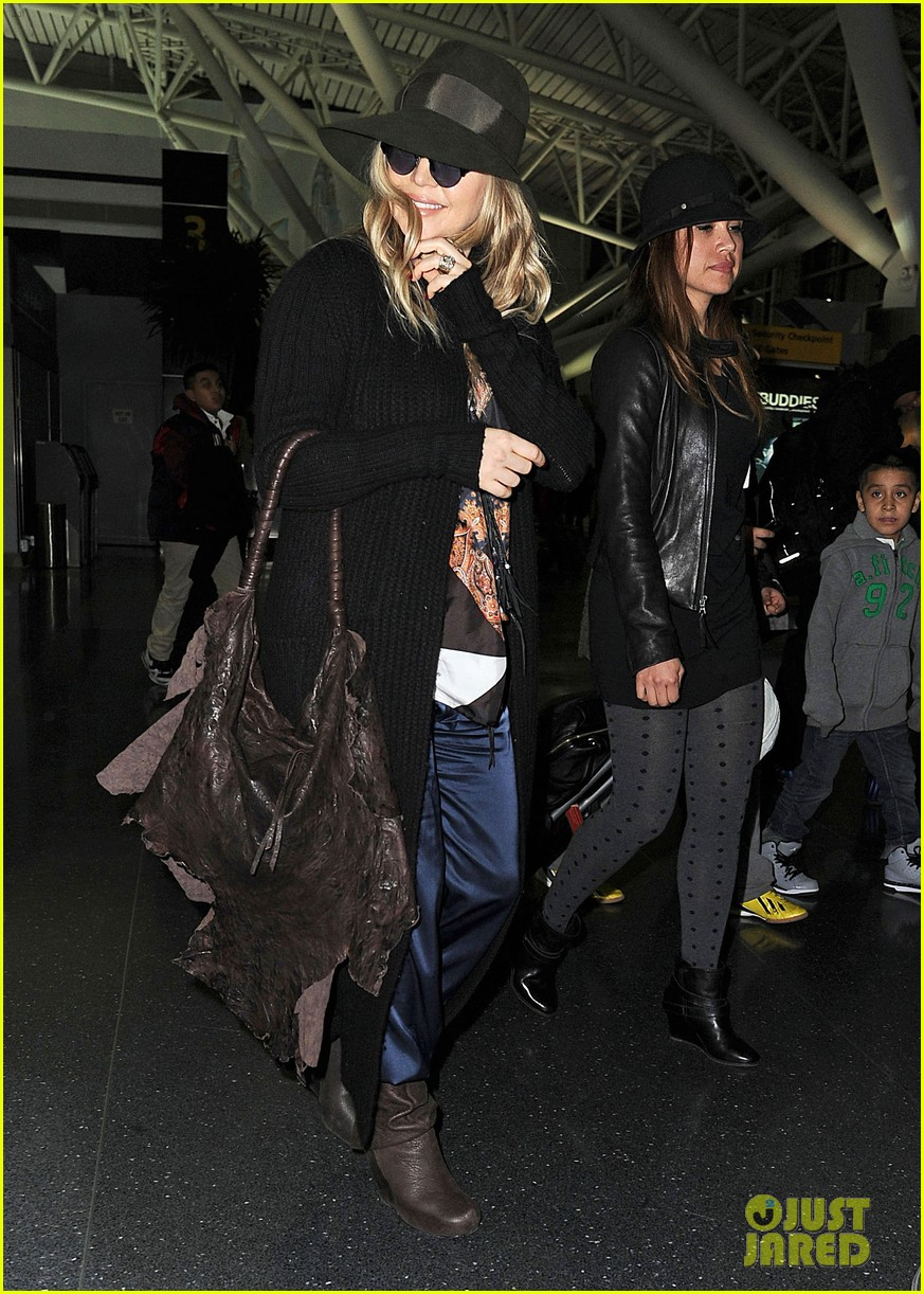 fergie nyc arrival for gma 082834952