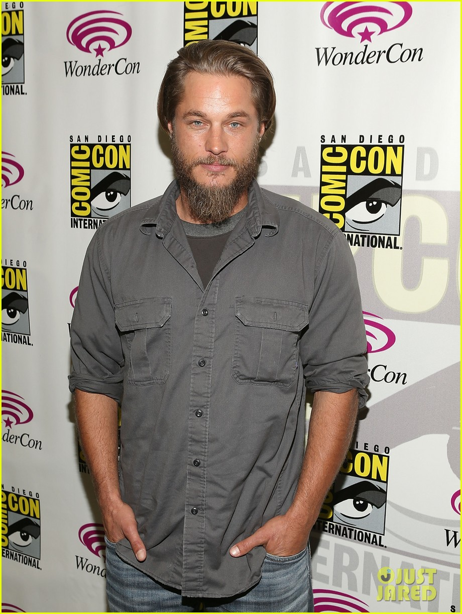 travis fimmel from calvin klein model to vikings star 012840649