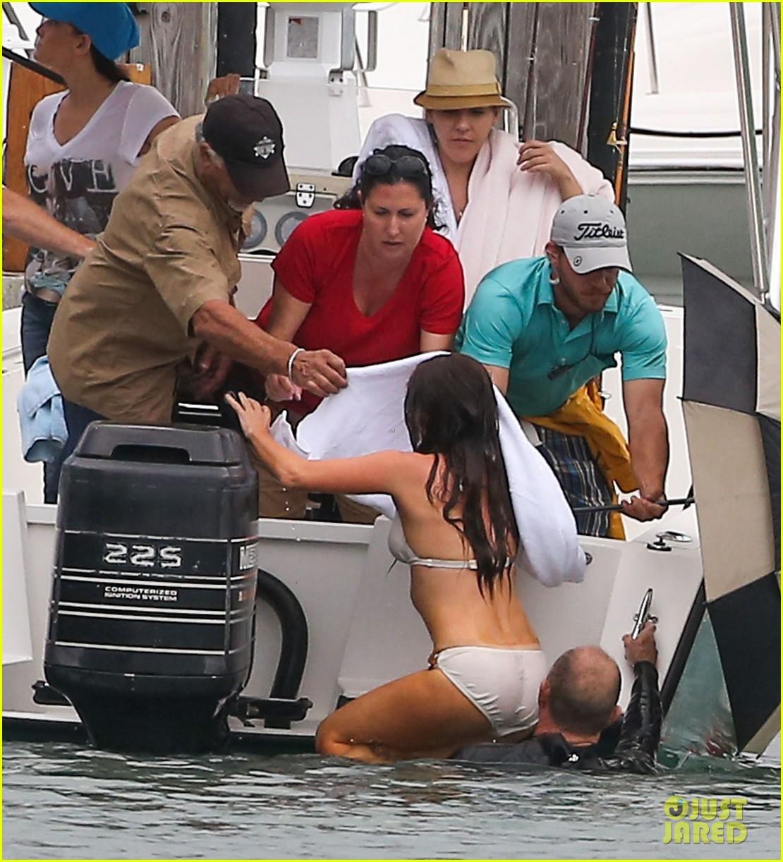 isla fisher bikini babe on untitled elmore leonard project set 052829877
