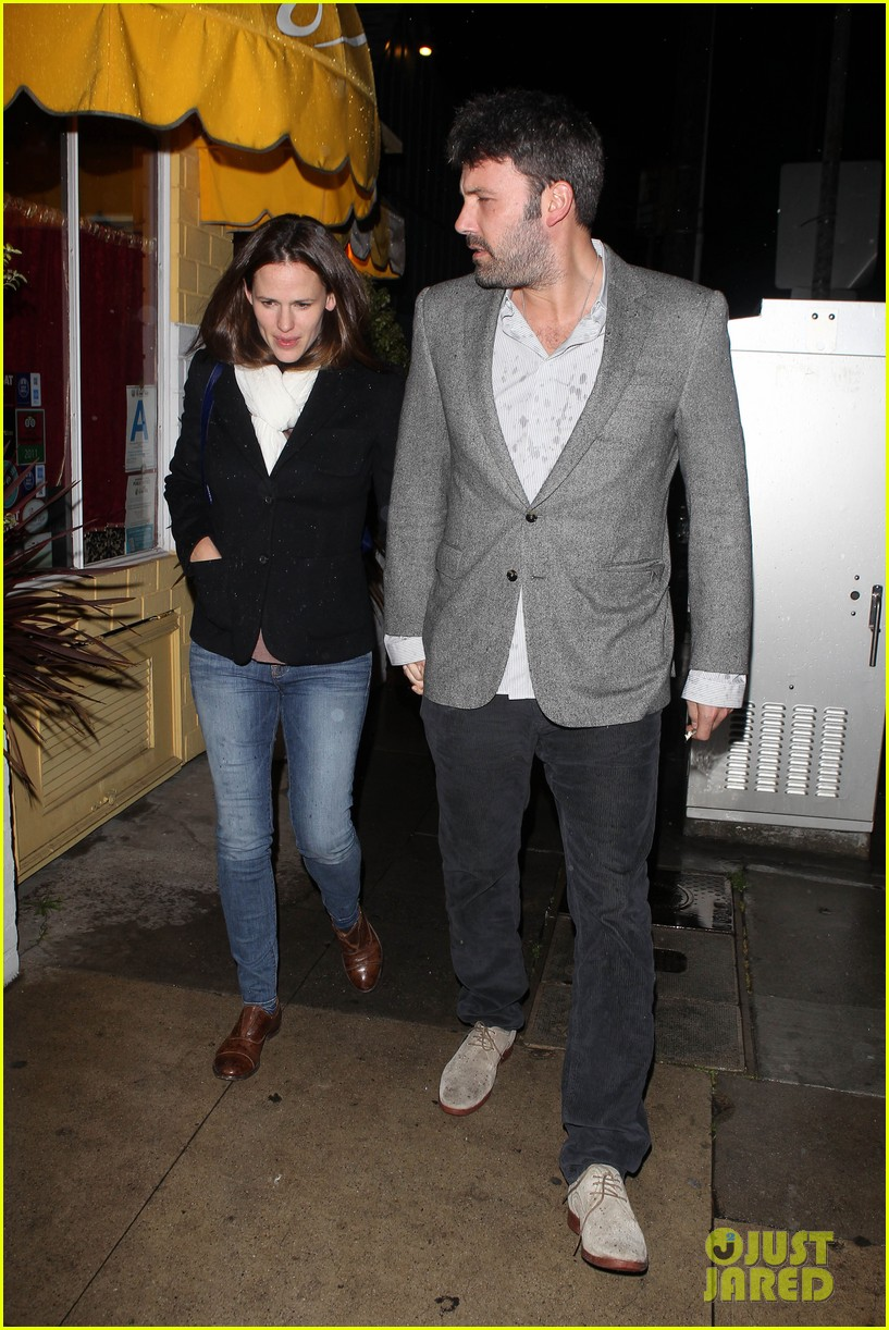 ben affleck jennifer garner sams by the beach dinner date 202827257