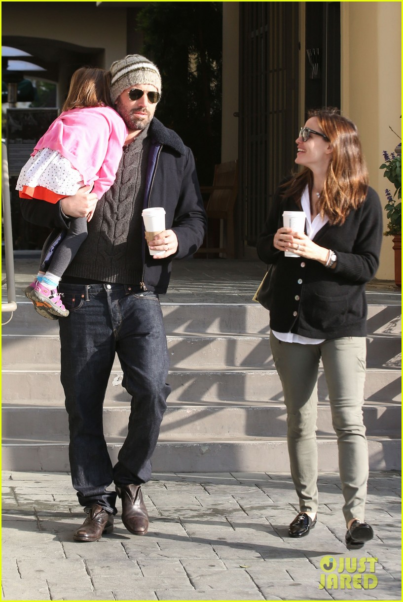 jennifer garner ben affleck breakfast run with sera 032835790