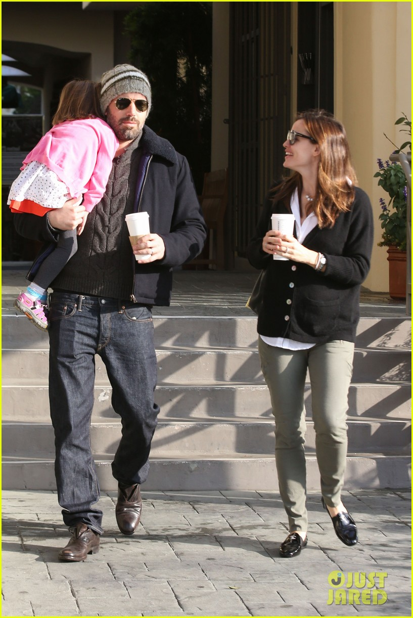 jennifer garner ben affleck breakfast run with sera 06