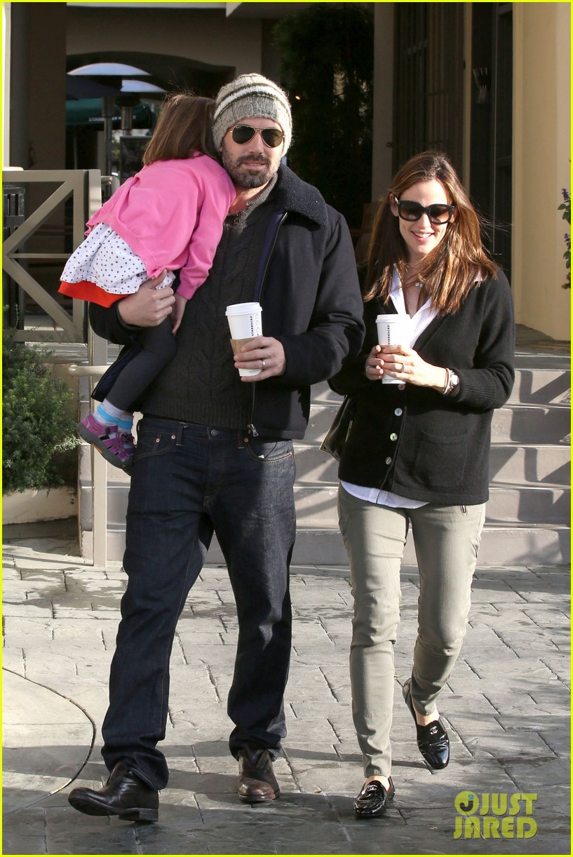 jennifer garner ben affleck breakfast run with sera 08