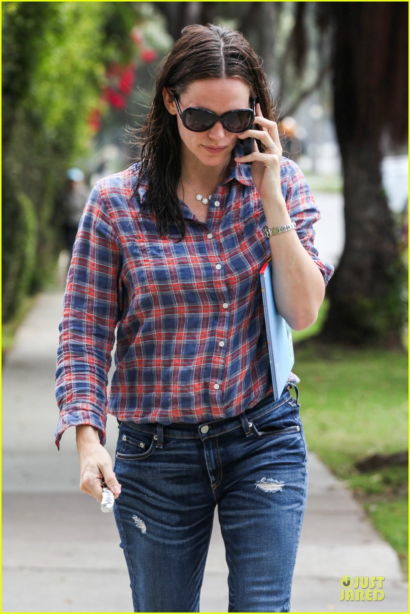 jennifer garner its against the law not wear sunscreen 15