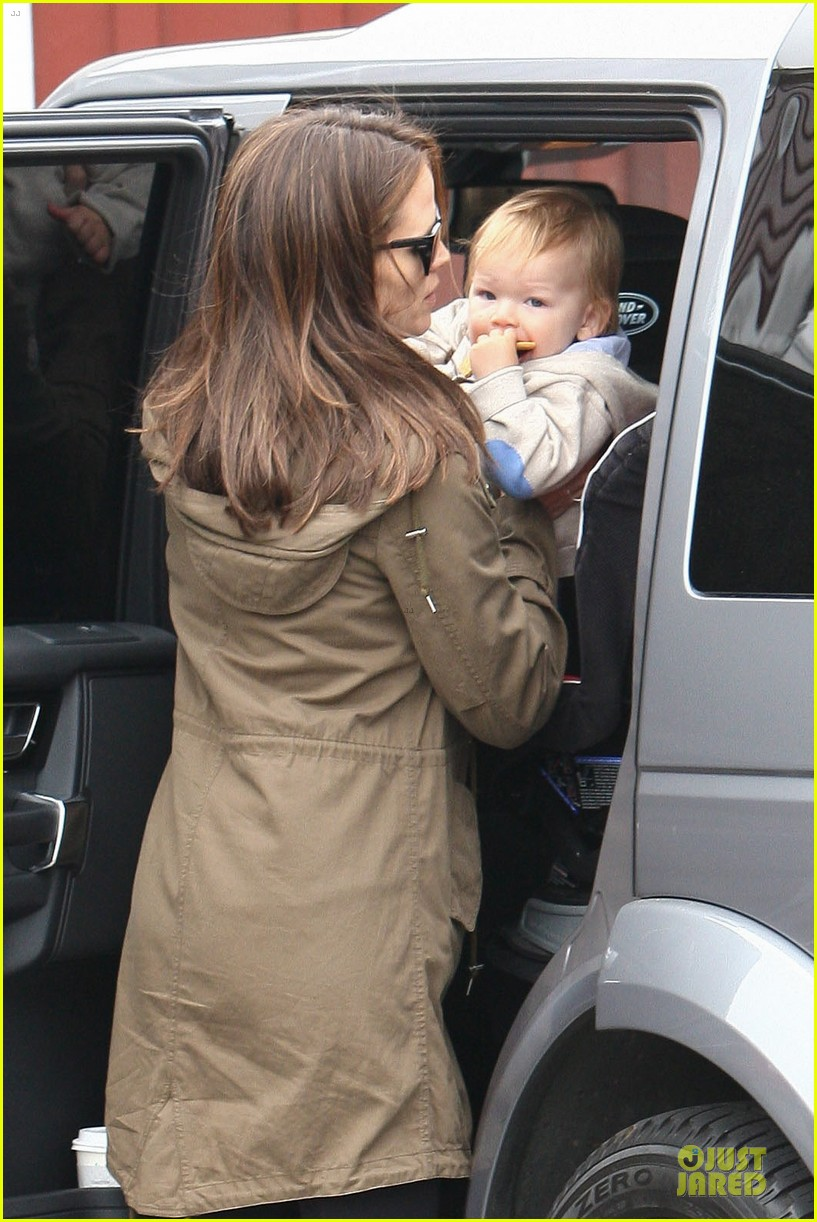 jennifer garner tavern girls night after day with the kids 112840069