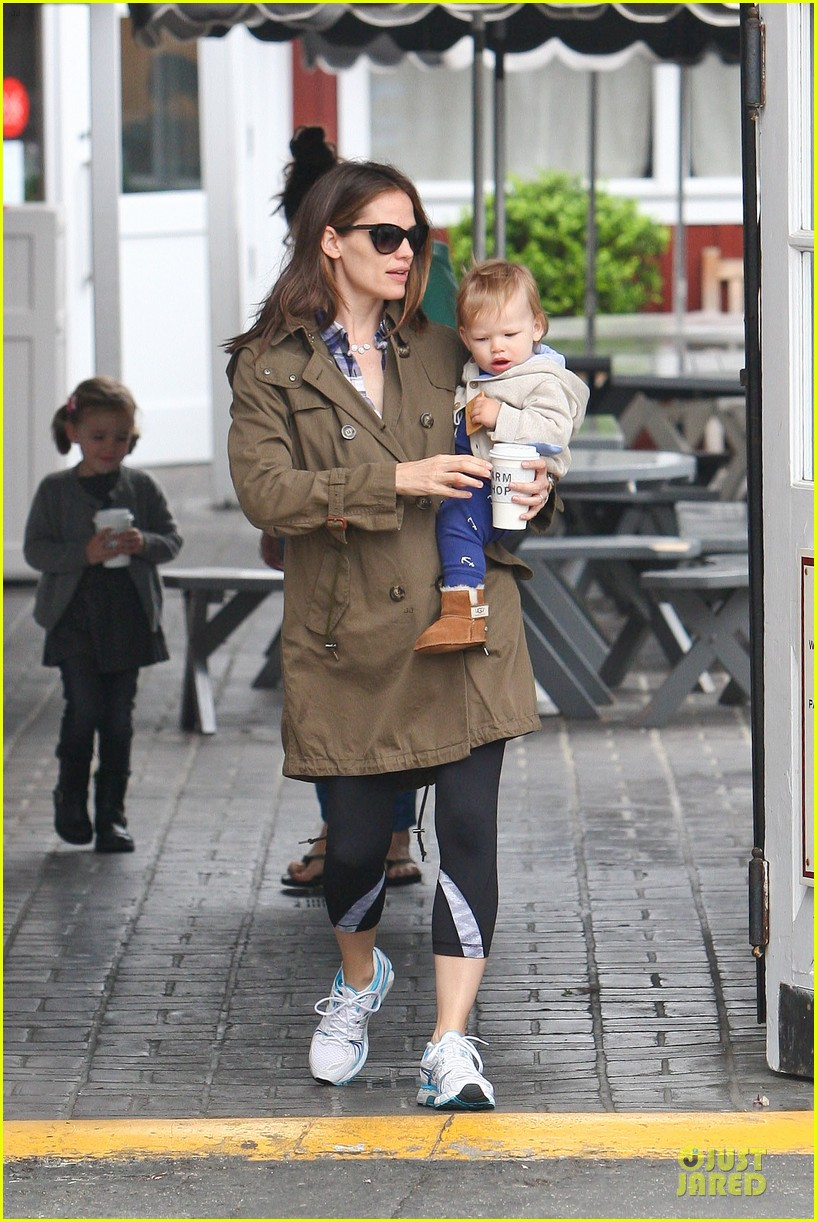 jennifer garner tavern girls night after day with the kids 152840073