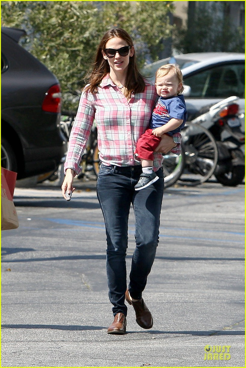 jennifer garner tavern girls night after day with the kids 172840075