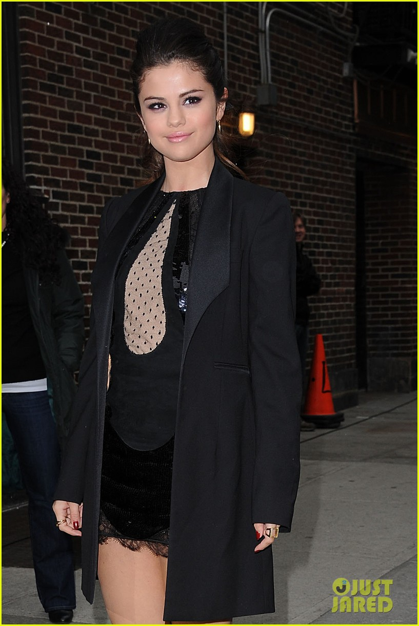 selena gomez late show with david letterman appearance 022832940