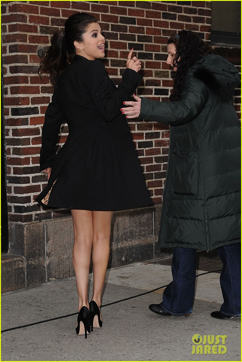 selena gomez late show with david letterman appearance 052832943